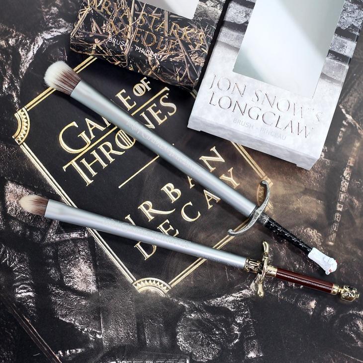 Urban-Decay-Game-of-Thrones-Makeup-Brushes-Jon-Snow-Arya-Stark-HBO-8th-Season-makeup-collection
